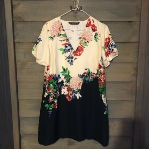 Zara floral dress size medium